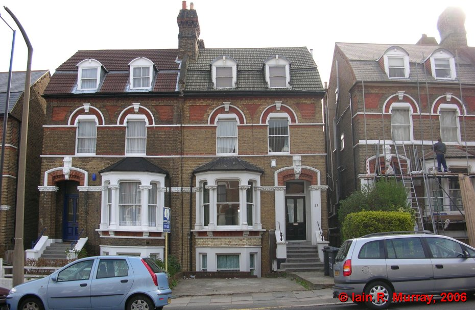 Wallis lived for a time in this house at 23 Pepys Road, London